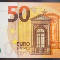 Come investire 50 euro al mese sui mercati azionari